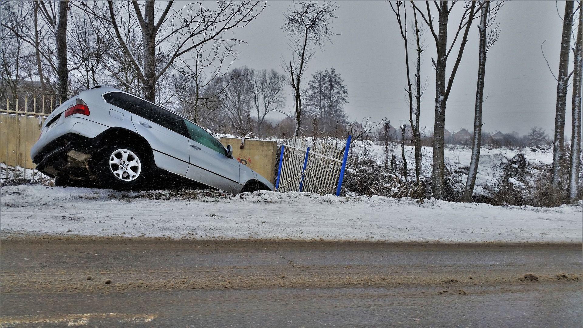 ako postupovať po dopravnej nehode armytraining blog