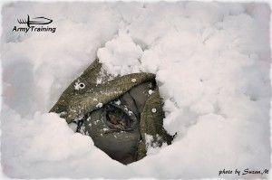 spánok v snehu, pod snehom, záchrana armytraining.sk