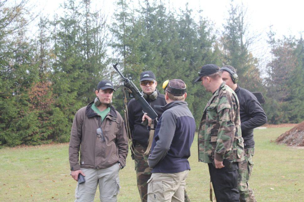 puška, vycvik streľby z dlhou zbraňou armytraining.sk