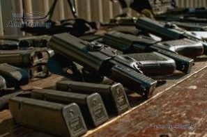 zbrane, pištole, zážitok a zábava so zbraňami na strelnici armytraining.sk