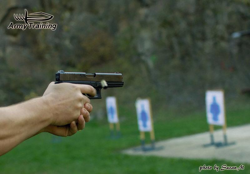 obranná streľba, držanie zbrane, kurz avycvik armytraining.sk