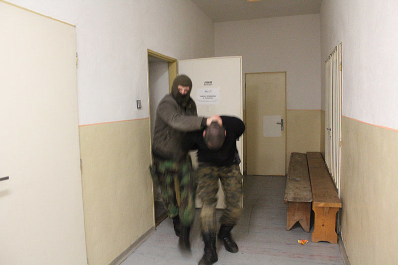 kurz zajatia, vysluch, vypočuvanie armytraining.sk