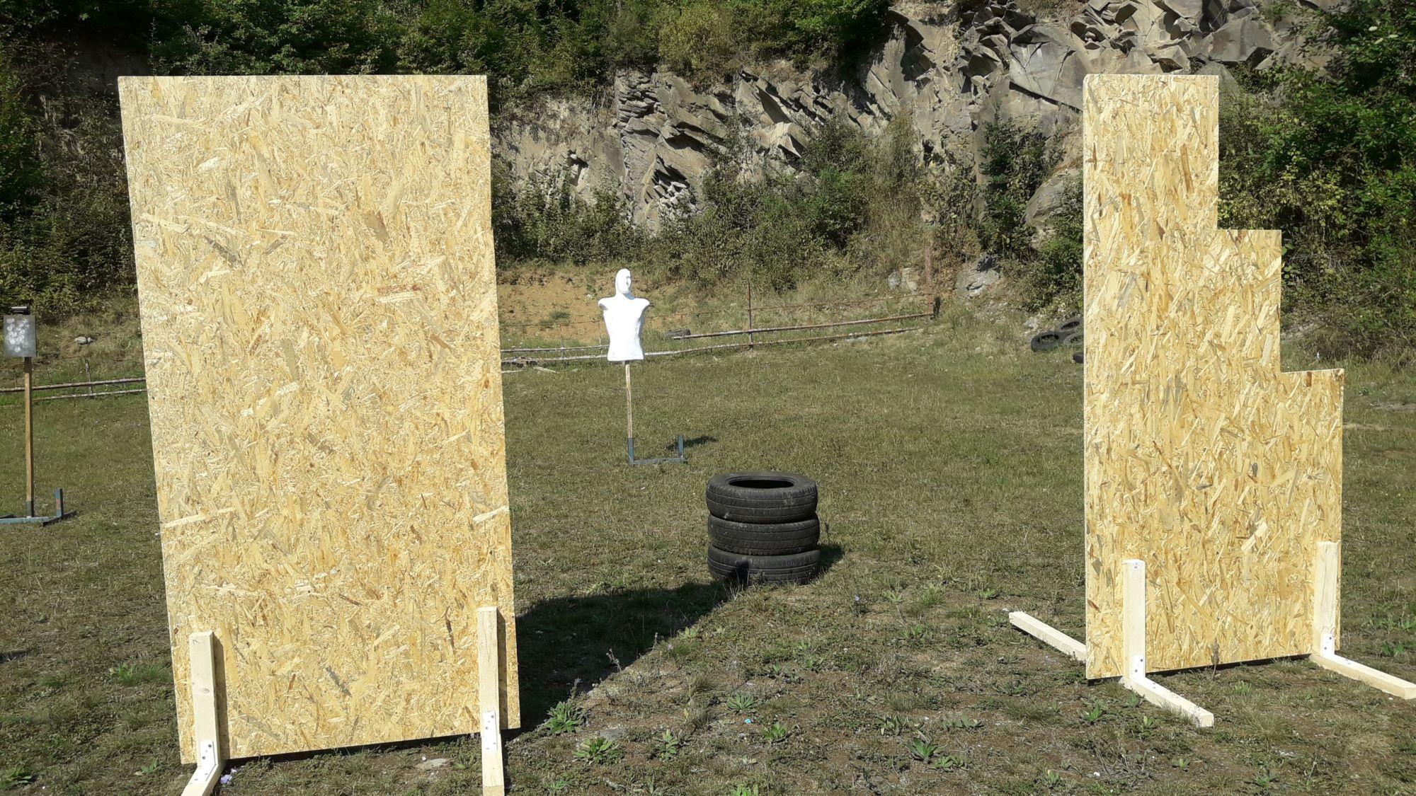 nastrelnici strelba z poza barier